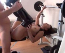 Amateur couple nude gym fuck