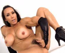 Denise Masino – Black, wet and ready video – Muscle girl