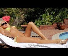 Nude fitness model Summer Brielle blasted by dick by the pool