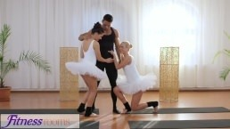 Fitness Porn – Petite ballet teachers secret threesome