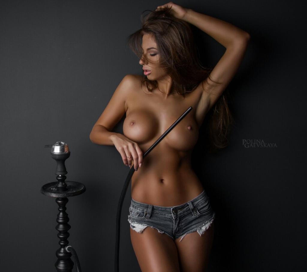 nude (93 photos), Topless Celebrity pics