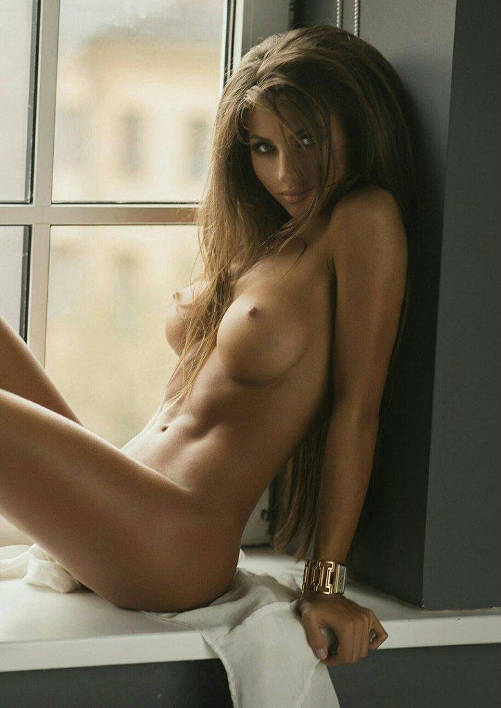 https://fitnakedgirls.com/wp-content/uploads/2017/10/FitNakedGirls.com-Daria-Shy-nude-33.jpg