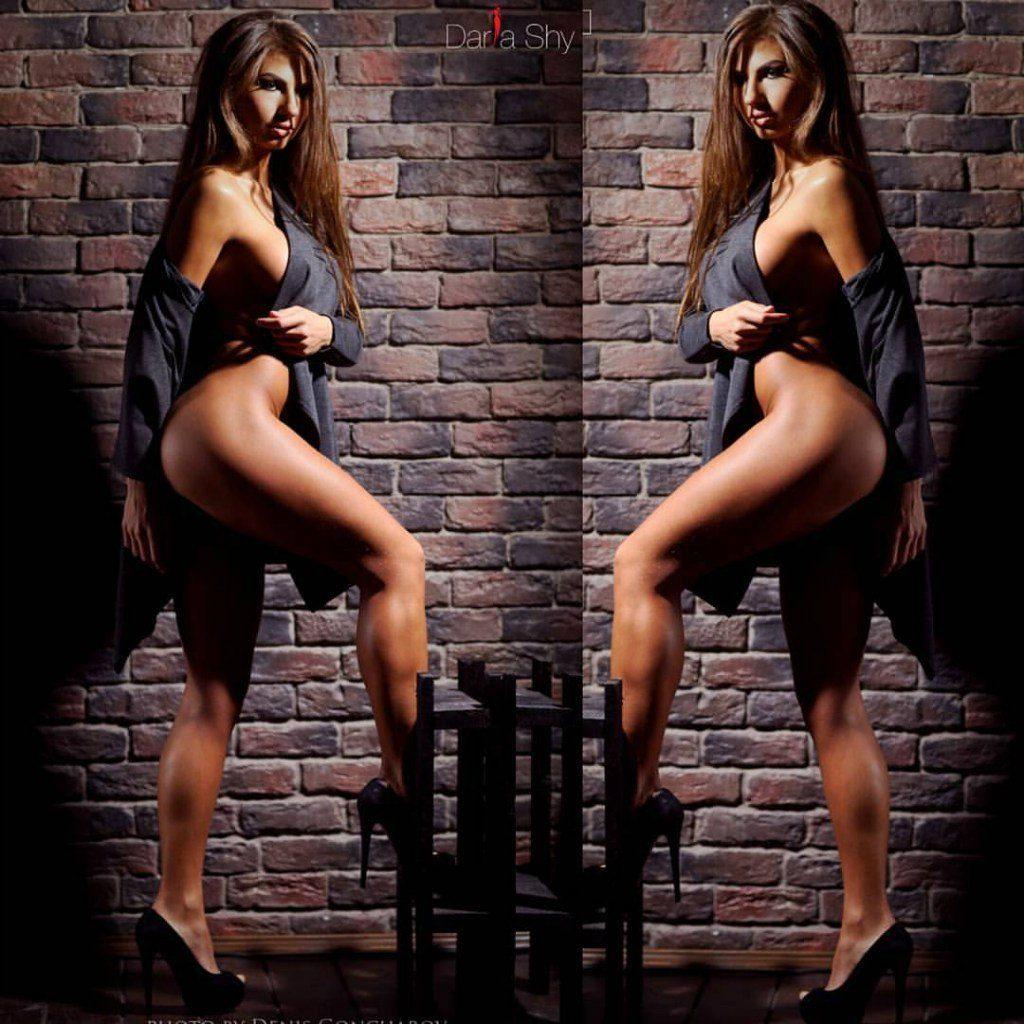 https://fitnakedgirls.com/wp-content/uploads/2017/10/FitNakedGirls.com-Daria-Shy-nude-7.jpg