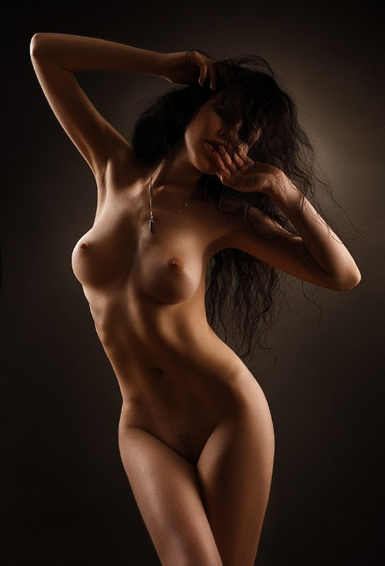 nude-girls-art-photos-black-and-beauty-mag