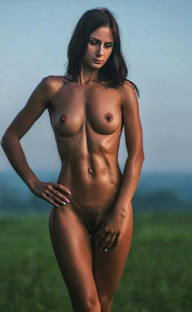 perfect abs women naked