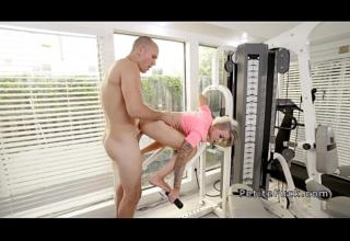 Petite blonde bangs huge dick in home gym