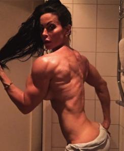 Adriana Kuhl Nude