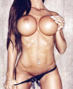 Emelie Ekstrom Ekdahl Fit & Naked