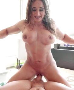 Karyn Bayres Nude