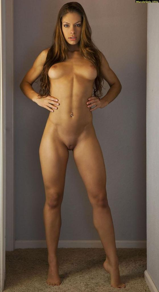 fit nude hot girls