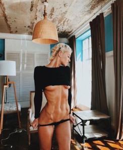 Valeriya Arno nude
