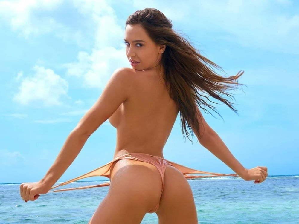 marie-johnson-lauren-gottlieb-sexy-nude-back-side-bikini-hot-female-sex