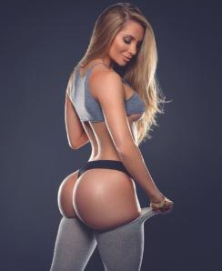 Amanda Lee Fit & Sexy