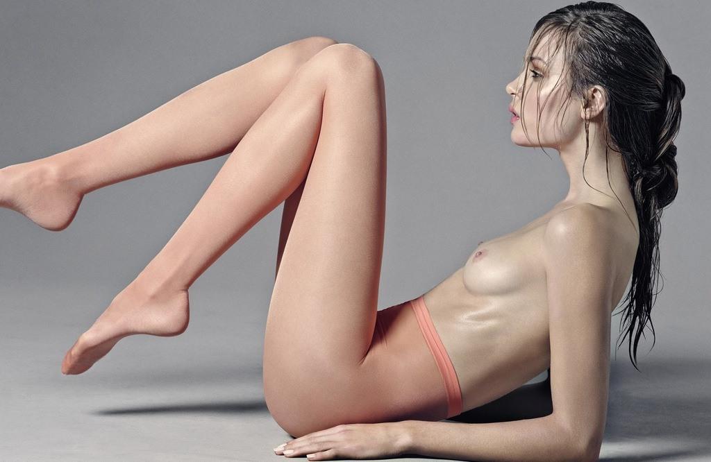 Josephine Skriver nude | FitNakedGirls.com