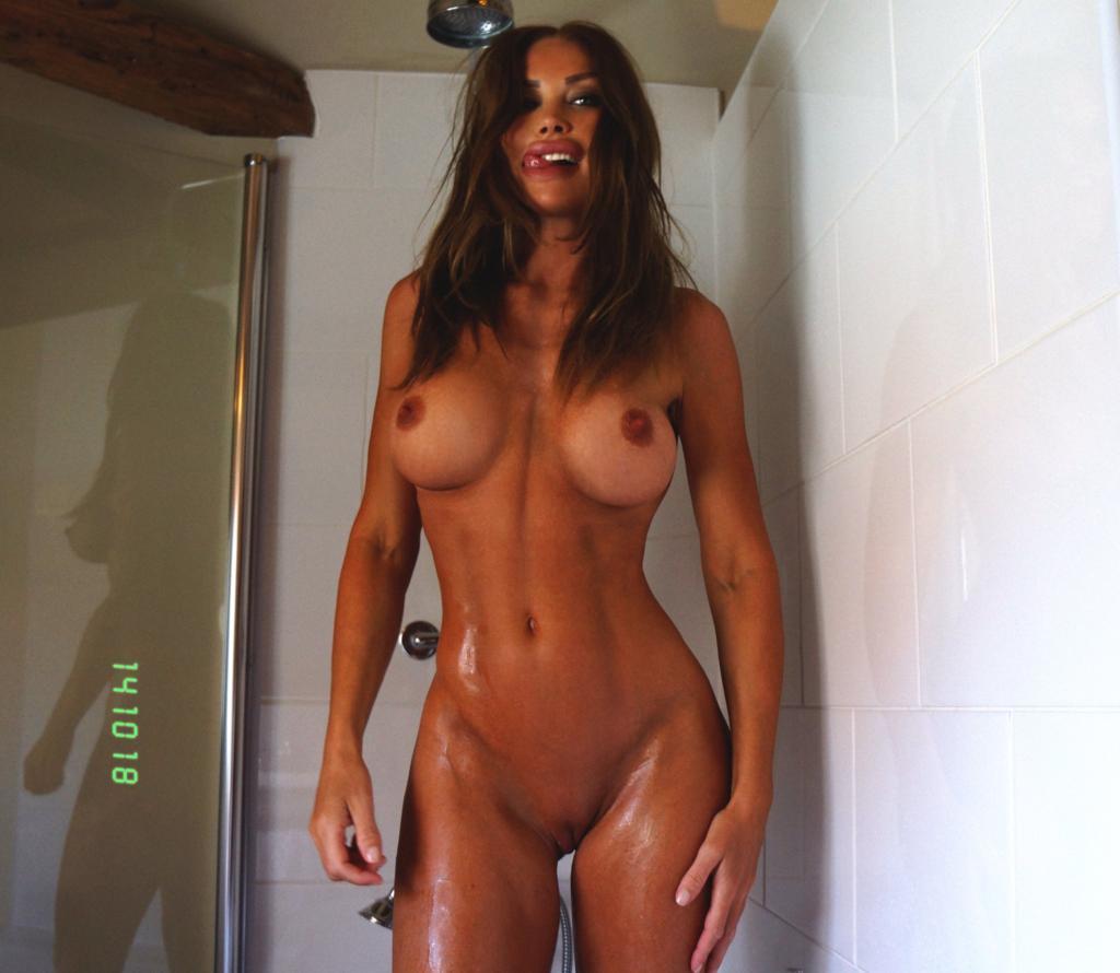 Olinda Castielle Naked