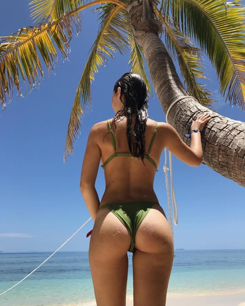 Sarah Dowd Sexy