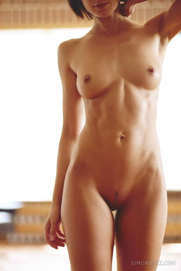 Tall nude women pictures