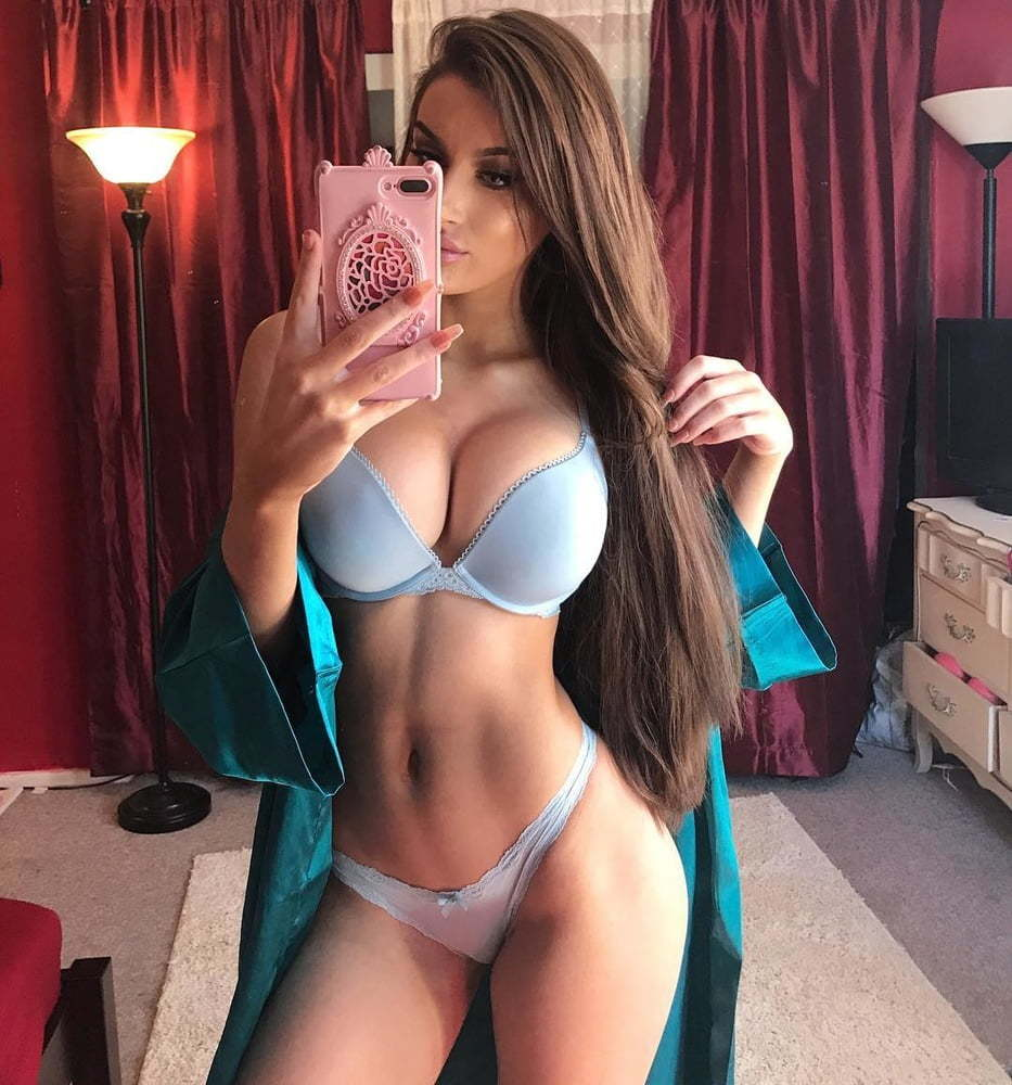 Molly Eskam Nude Leaked Videos and Naked Pics! 88