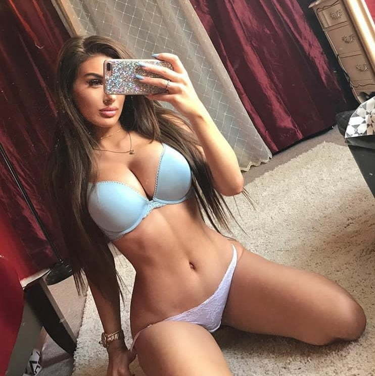 Molly Eskam Nude Leaked Videos and Naked Pics! 90