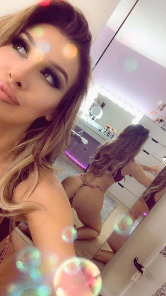 Molly Eskam Nude Leaked Videos and Naked Pics! 41