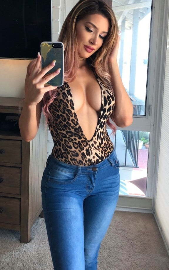Molly Eskam Nude Leaked Videos and Naked Pics! 67
