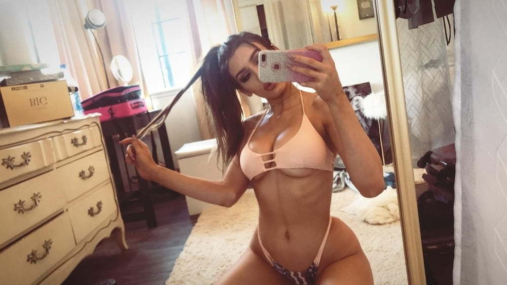 Molly Eskam Nude Leaked Videos and Naked Pics! 76