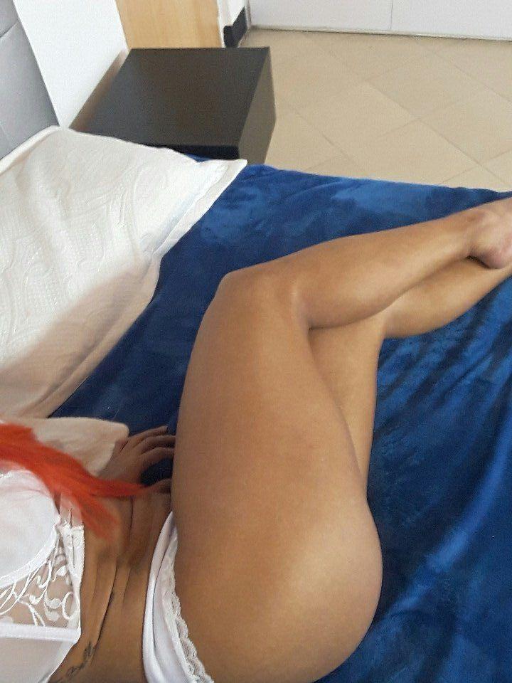 FitNakedGirls.com-Andrea-Gamboa-nude-2.jpg