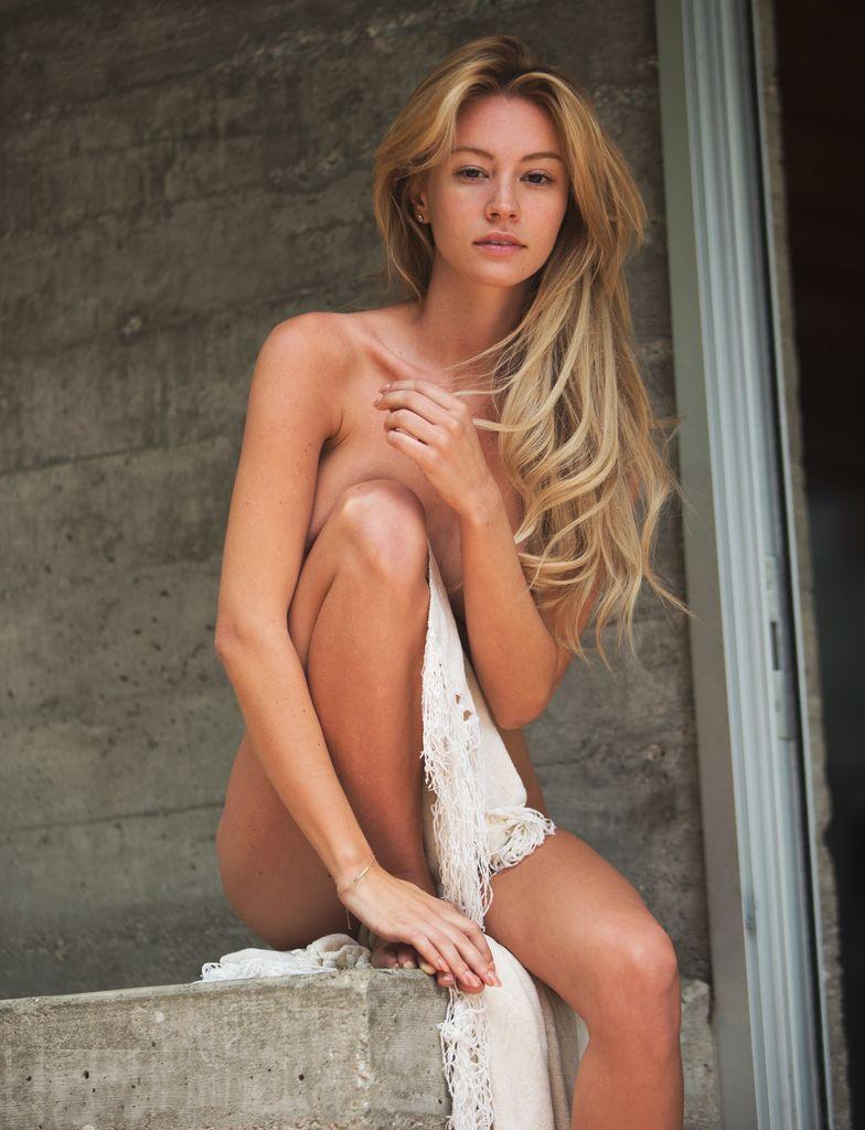 Bryana Holly Nude Pics