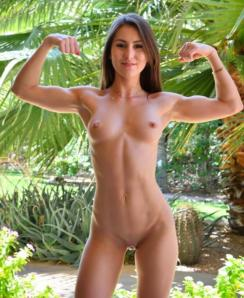 fit nude girls