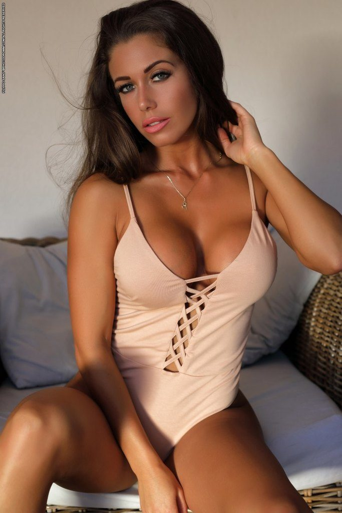 https://fitnakedgirls.com/wp-content/uploads/2019/02/FitNakedGirls.com-Tikos-Kitty-nude-1.jpg