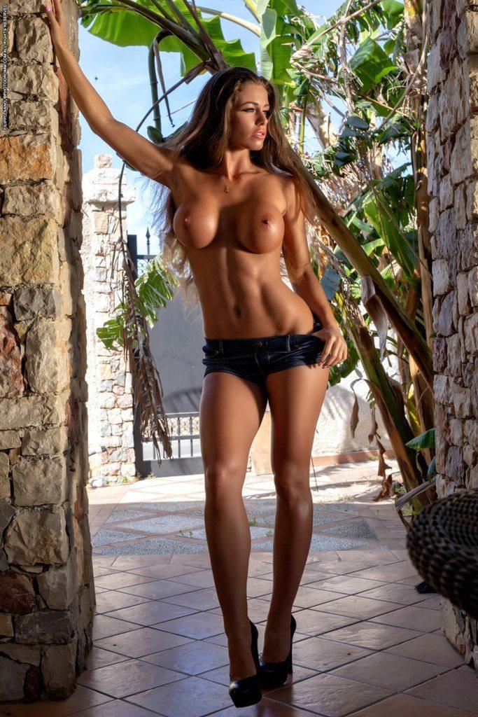 https://fitnakedgirls.com/wp-content/uploads/2019/02/FitNakedGirls.com-Tikos-Kitty-nude-53.jpg