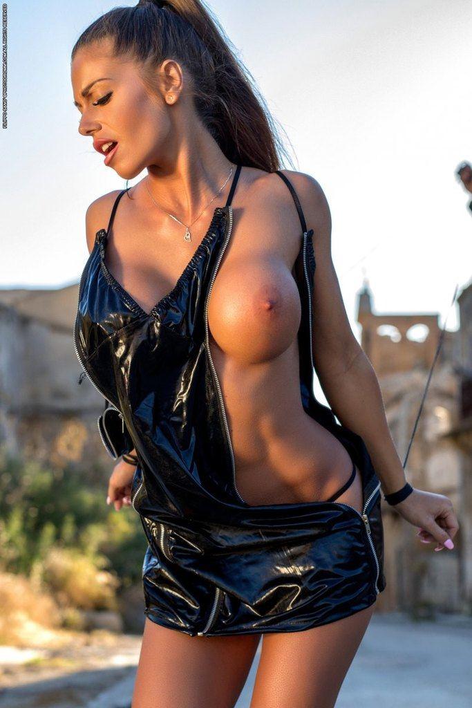 https://fitnakedgirls.com/wp-content/uploads/2019/02/FitNakedGirls.com-Tikos-Kitty-nude-62.jpg