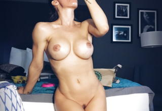 Nicole Aniston nude