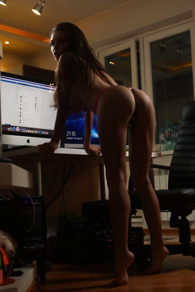FitNakedGirls.com-Ksenia-Wegner-nude-1-683x1024.jpg