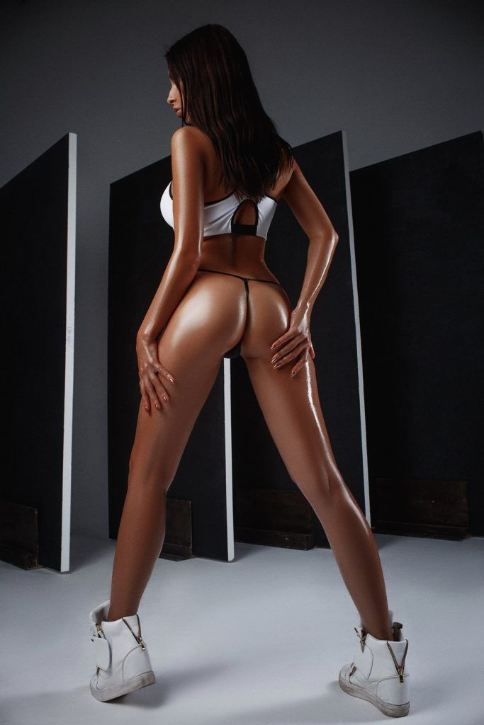 FitNakedGirls.com-Ksenia-Wegner-nude-67-683x1024.jpg