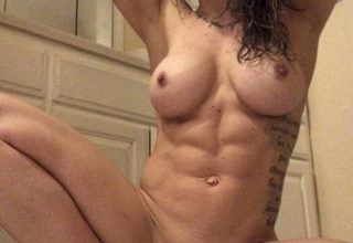 Lauren Pockevich nude