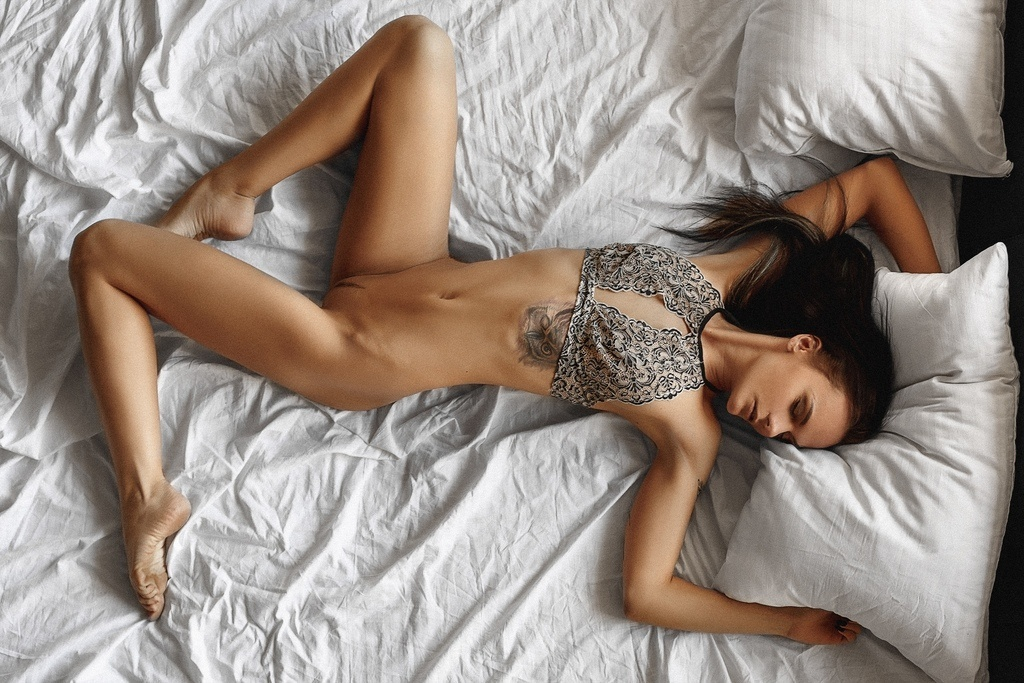 Violetta nude