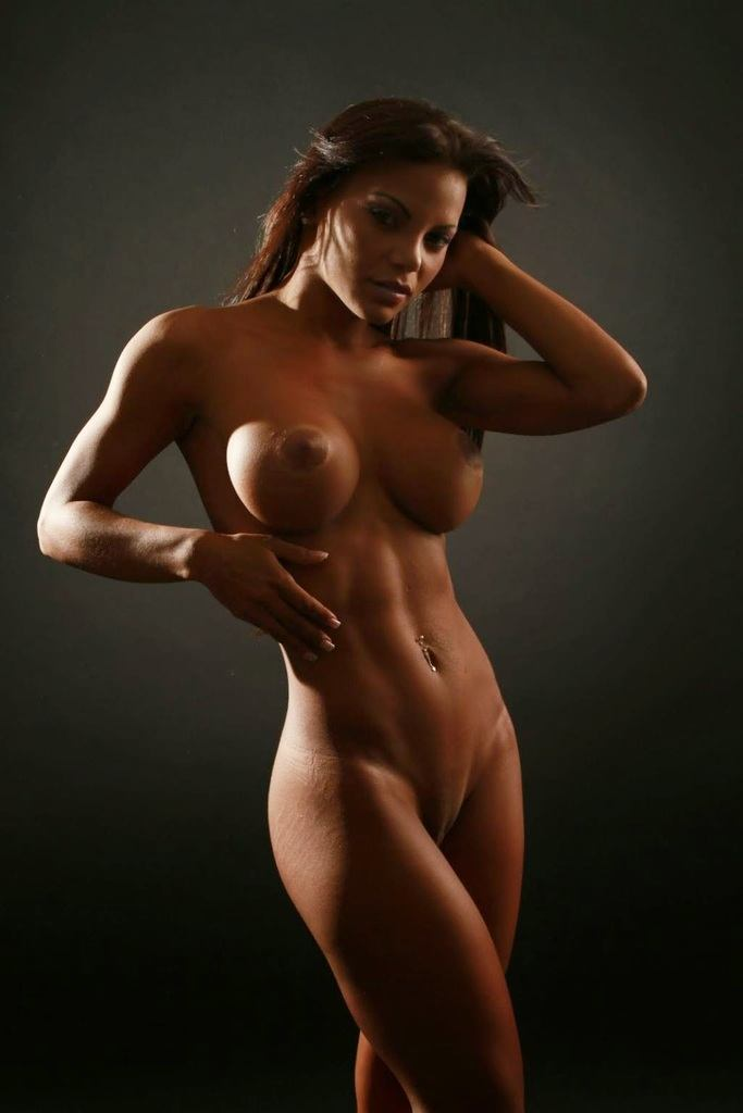 nude-fitness-girls-image-black-girl-getting-gy