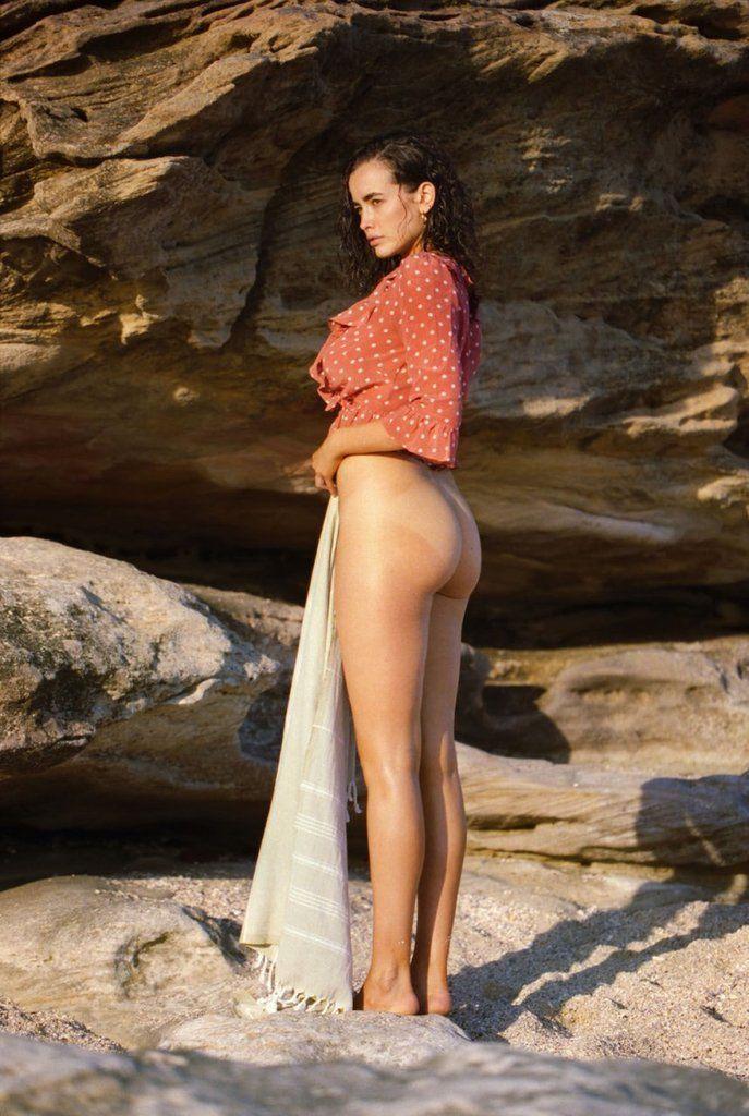Sarah Stephens  nackt