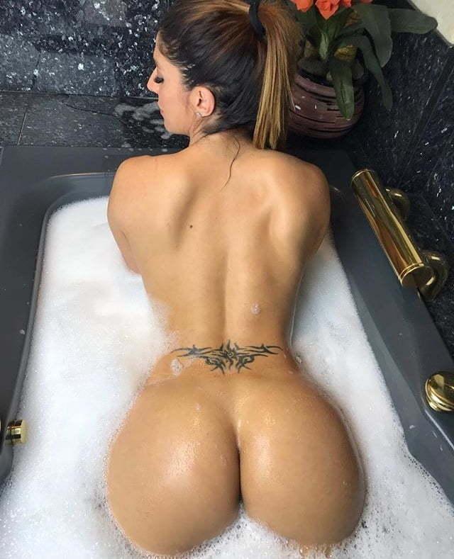 Sanchez  nackt Sonia Amat Sonia Amat