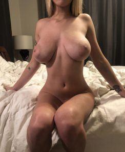 Gabbie Carter nude