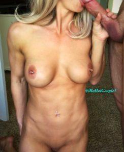 MOHotCouple1 nude & fit