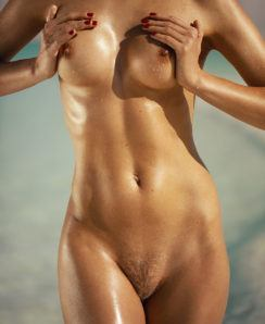 Dasha Snezhnaya nude