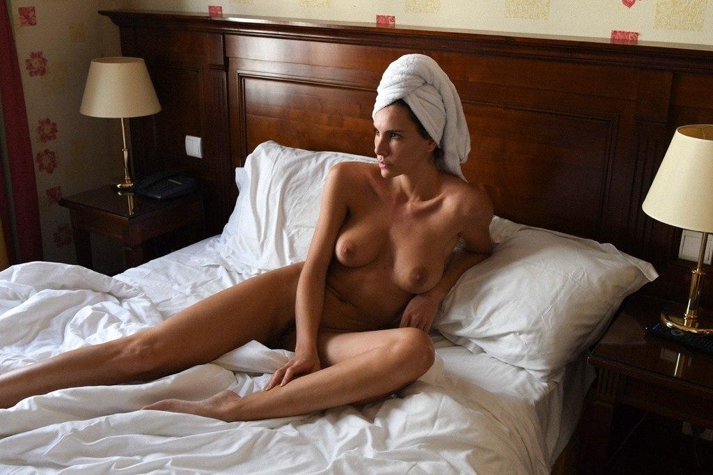 Lorein  nackt Andja Andja Lorein