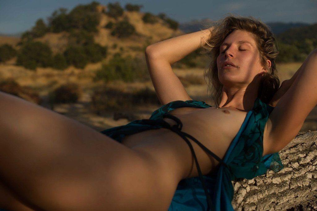Bonner  nackt Lauren Lauren Bonner