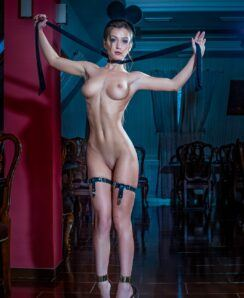 Eta Devushka nude