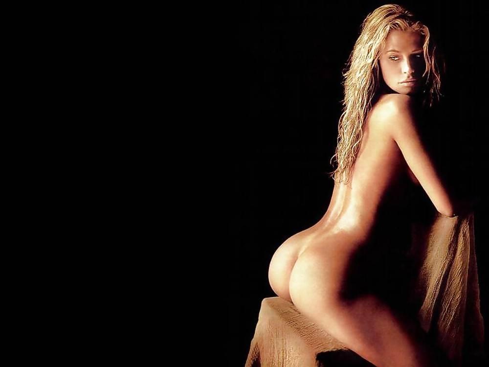 Women in asia nude pics