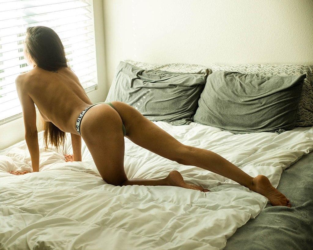Nackt tini Sexy Naked