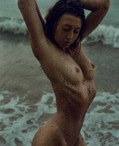 Alina Vesnamayskaya nude