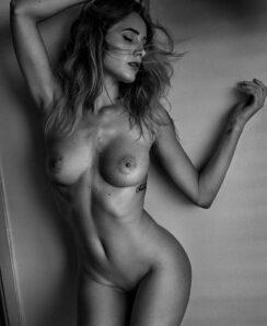 Sadie Gray nude